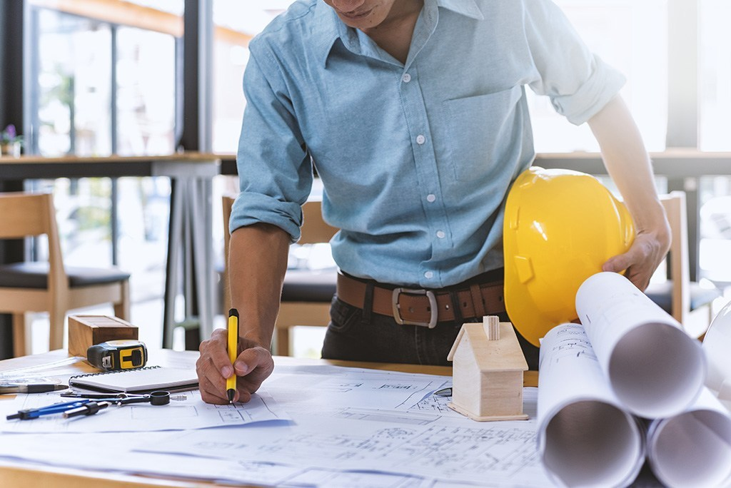 How to Hire the Right Contractor for a Home Renovation - Turn Key Renovations
